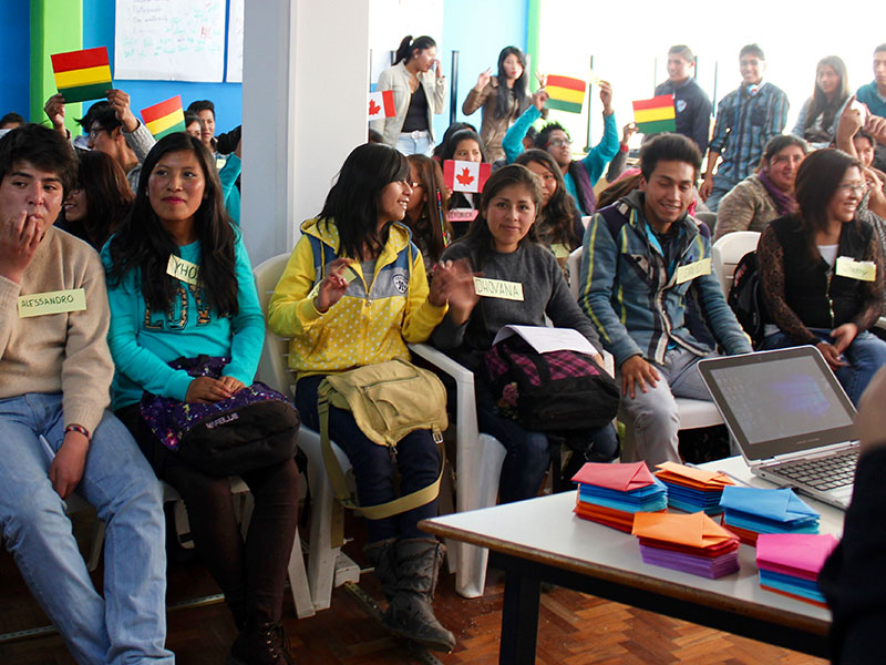 EQWIP HUBs youth participating in livelihood training in El Alto, Bolivia