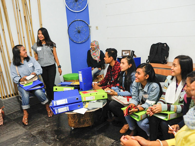 Indonesian youth participating in livelihood training at the EQWIP HUB in Surabaya, Indonesia